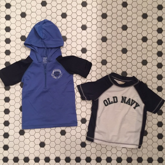 4d57264a5 2 Swim Shirts Rashguard Baby Gap Old Navy 18-24mo